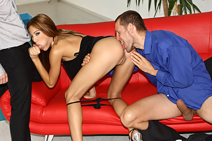 Anita pearl mike angelo sucking cock